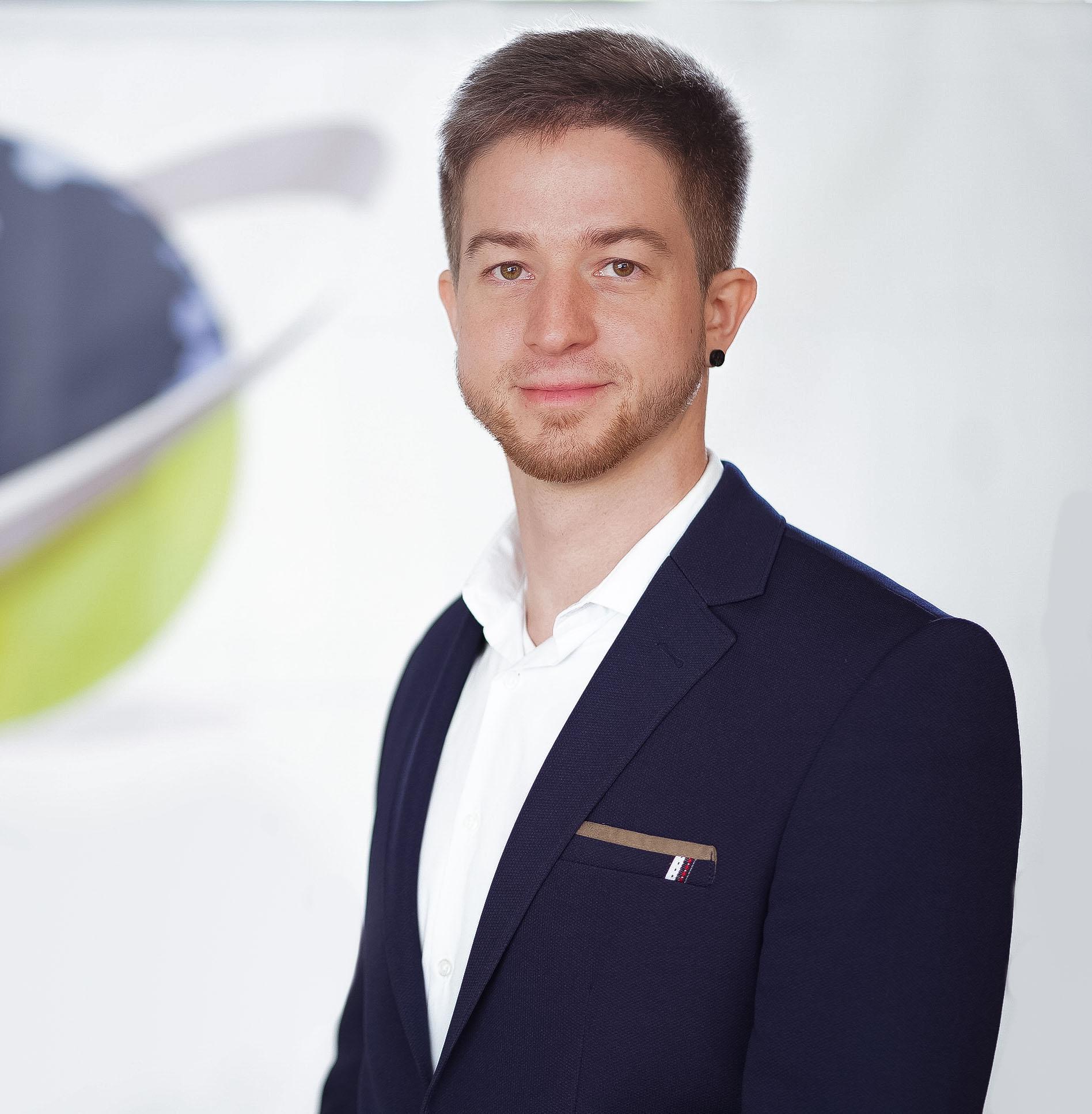 Marten-Richter-Bachelor-of-Electrical-Engineers_02.jpg